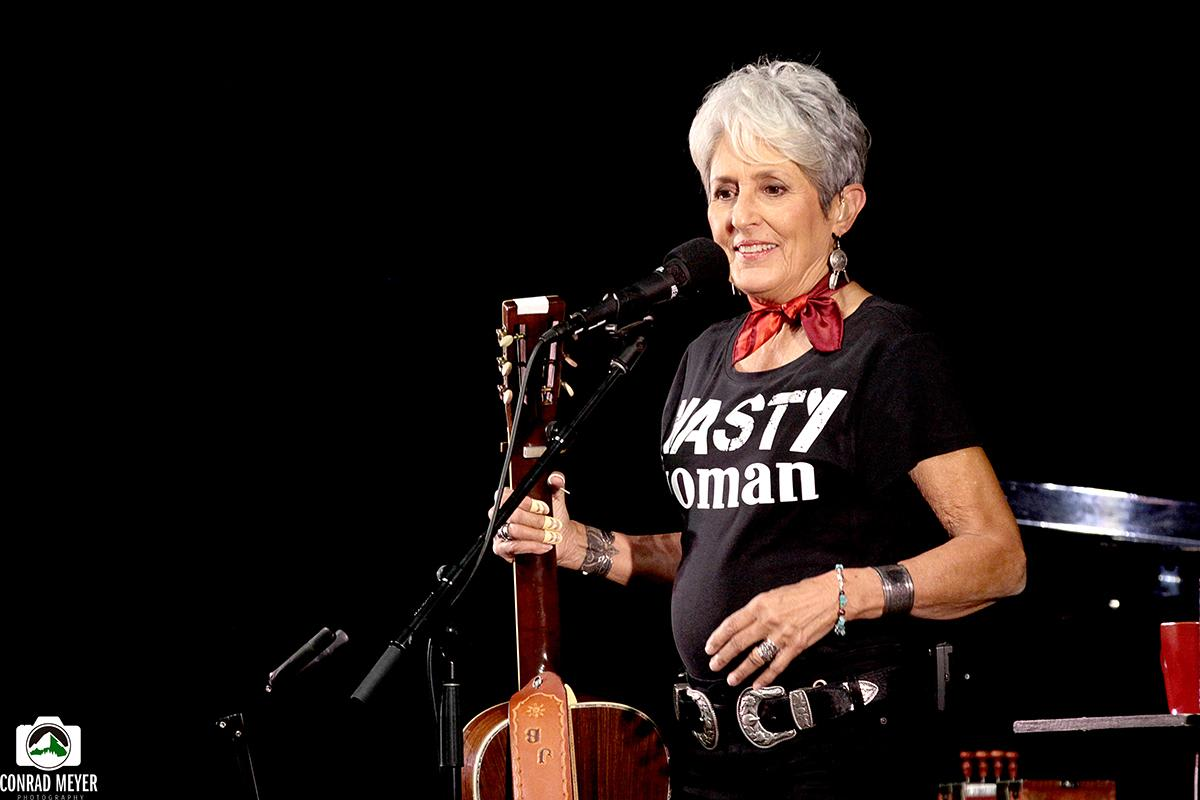 The Twilight And Power Of Joan Baez By David Montgomery For The